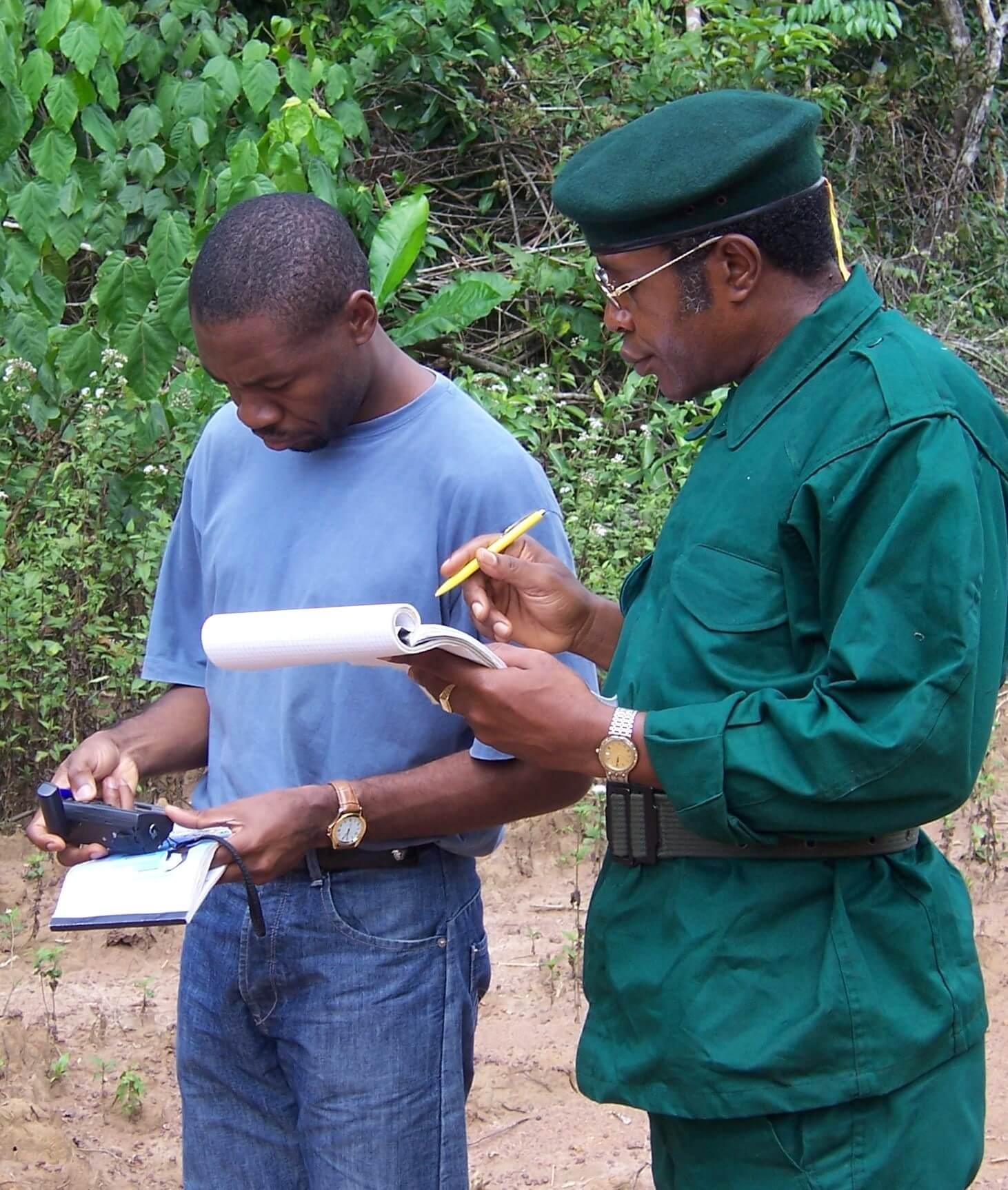 1 Prise de pts GPS james cyrille haute sanaga, centre AEB 1828 mvongo ndé (3)
